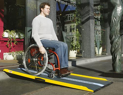 Rampes pour fauteuil roulant