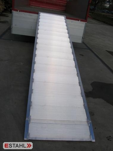 1 Rampe large avec rebord